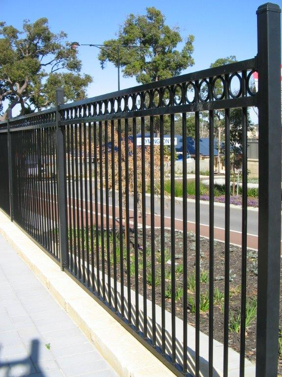 best aluminum fence contractor miami fl